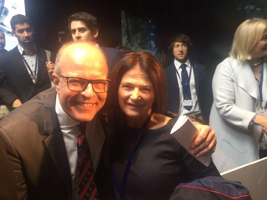 Kim Andersen junto a Julia Casanueva cuando eran felices tras la elección del danés en Barcelona.
